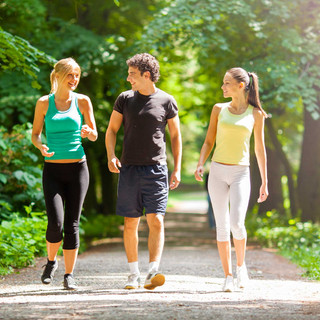 01-walking-for-exercise-stroll-with-frie