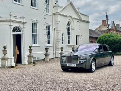 wedding cars in stone.jpeg