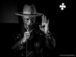 Bruce-Johnson-Guest-Live-HQ-7294
