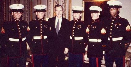 Paris Marines w Vice President Pappa Bus