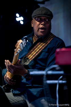 Bruce-Johnson-Guest-Live-HQ-7038