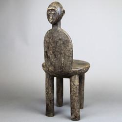 モシ椅子 01