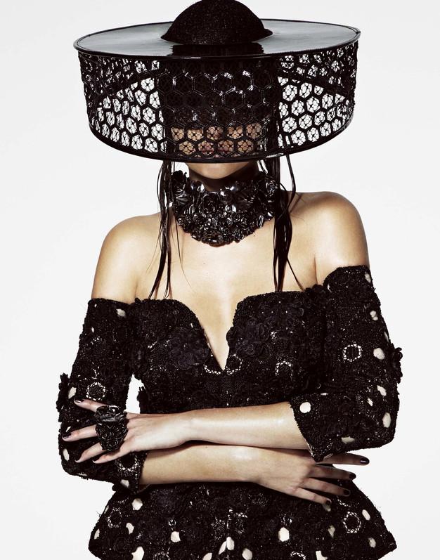 Alexander McQueen / Josephine Skriver / V Magazine