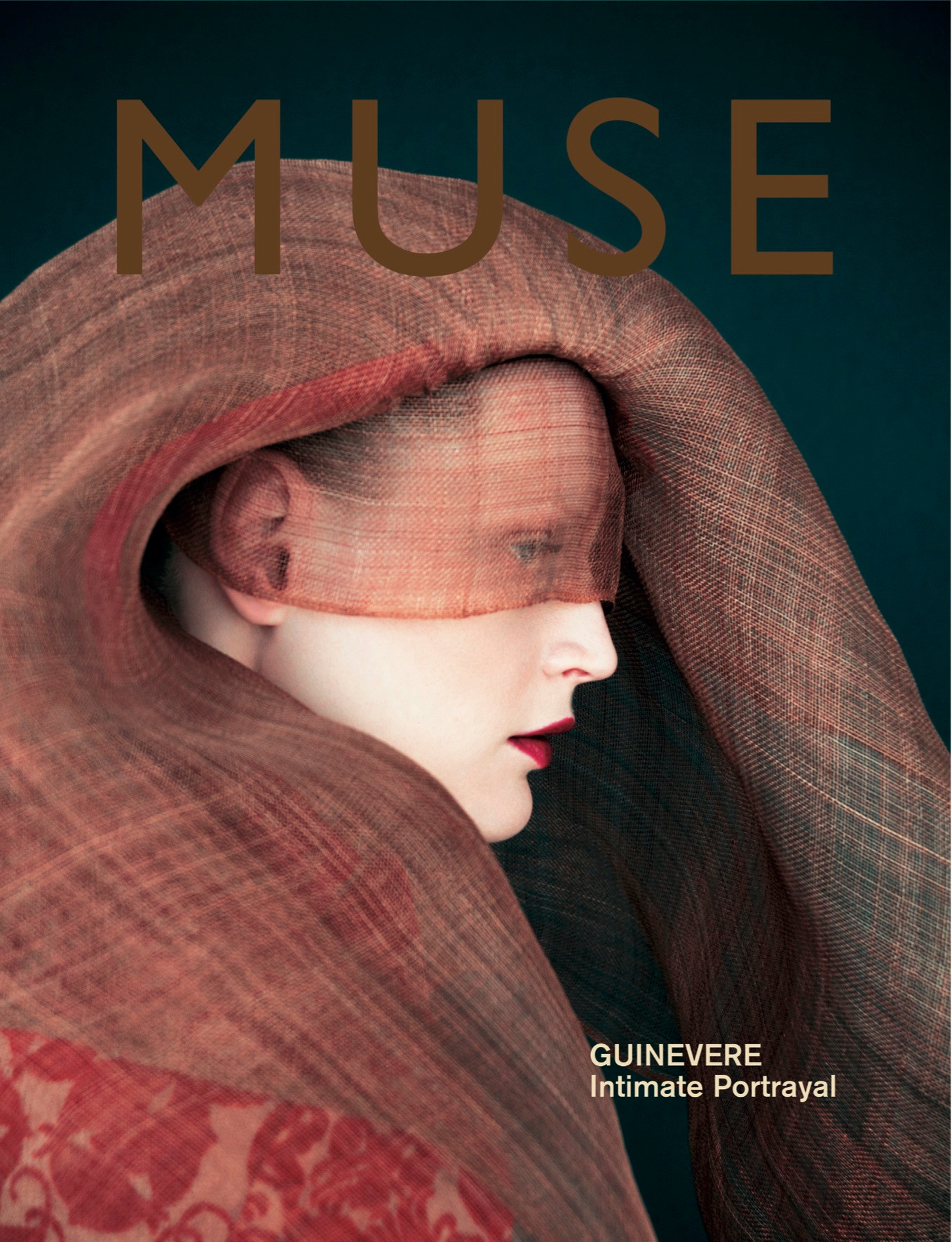 Guinevere Cover Muse / Ann Demeulemeester