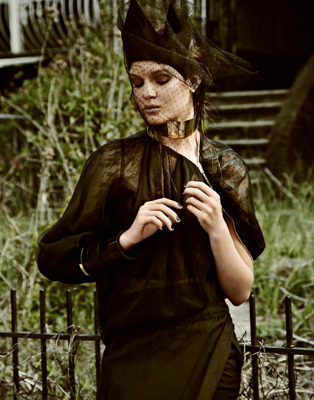 Givenchy / Josephine Skriver / V Magazine