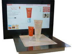 Cosmetics Retail Touchscreen
