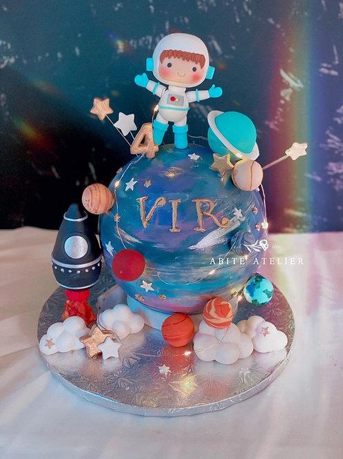 Astronaut Piñata Cake