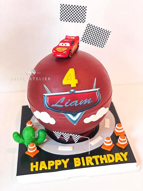 Mcqueen Piñata Cake