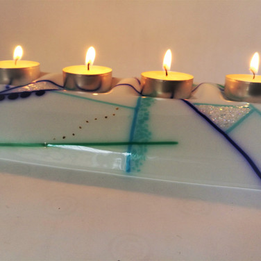 Abstract Tealight Bridge