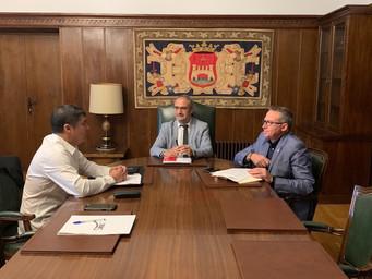 Upatrans se reune con el Alcalde de Ponferrada y el Concejal de Movilidad y Transporte