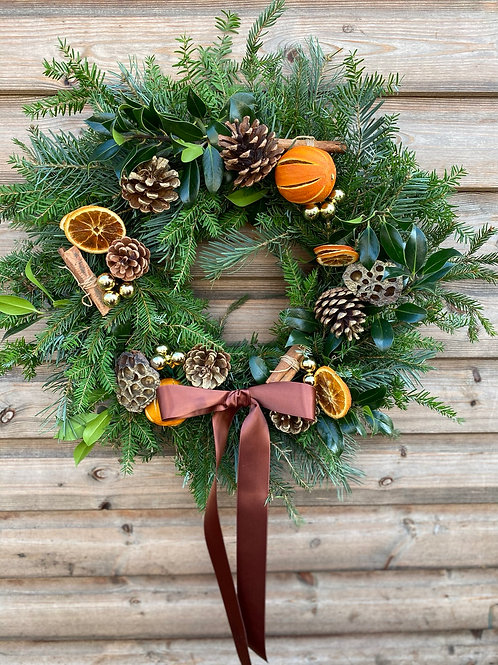 Festive wreath - the gold one