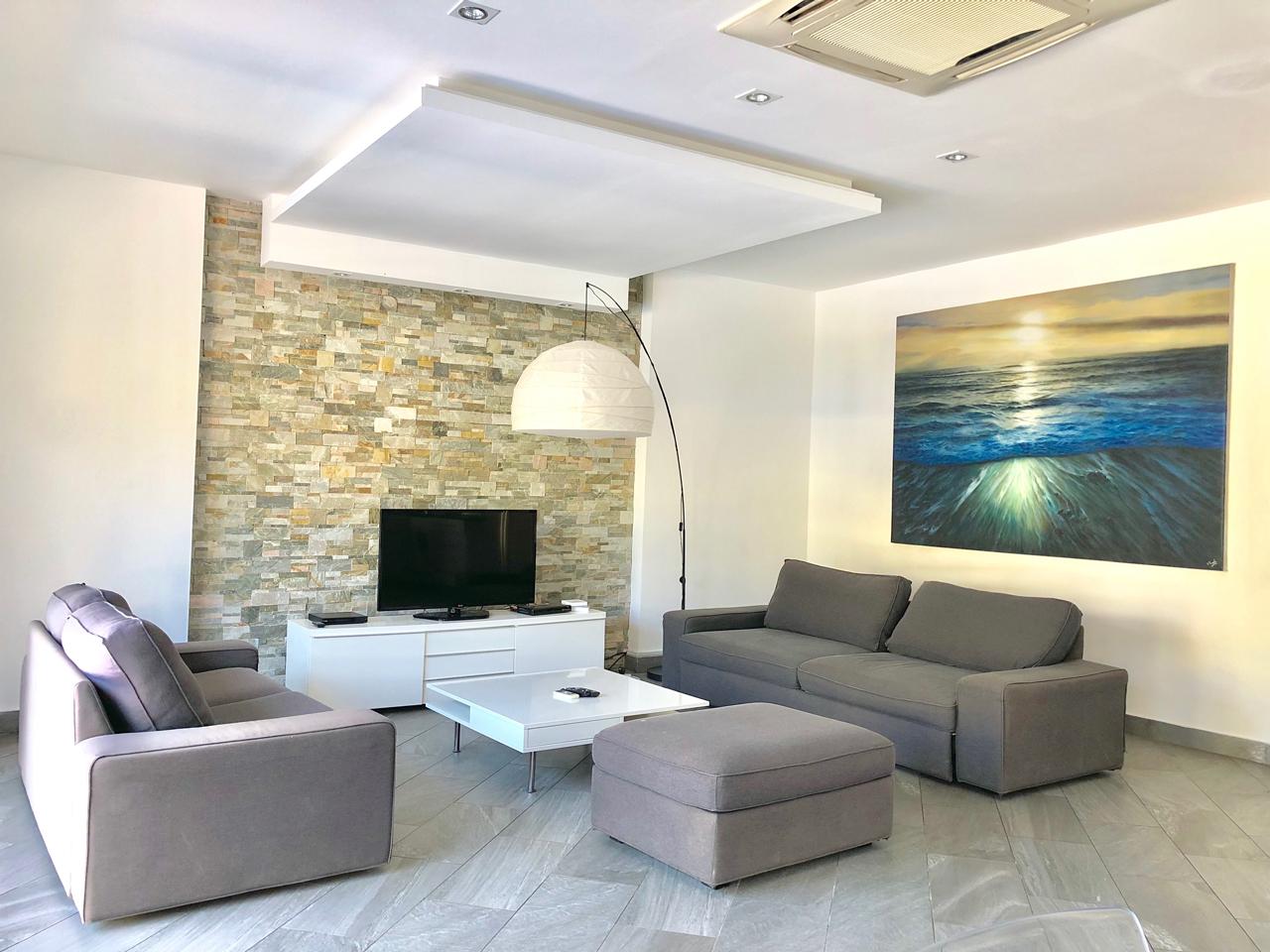 Grand-Amber-Villa-living-room-1-web
