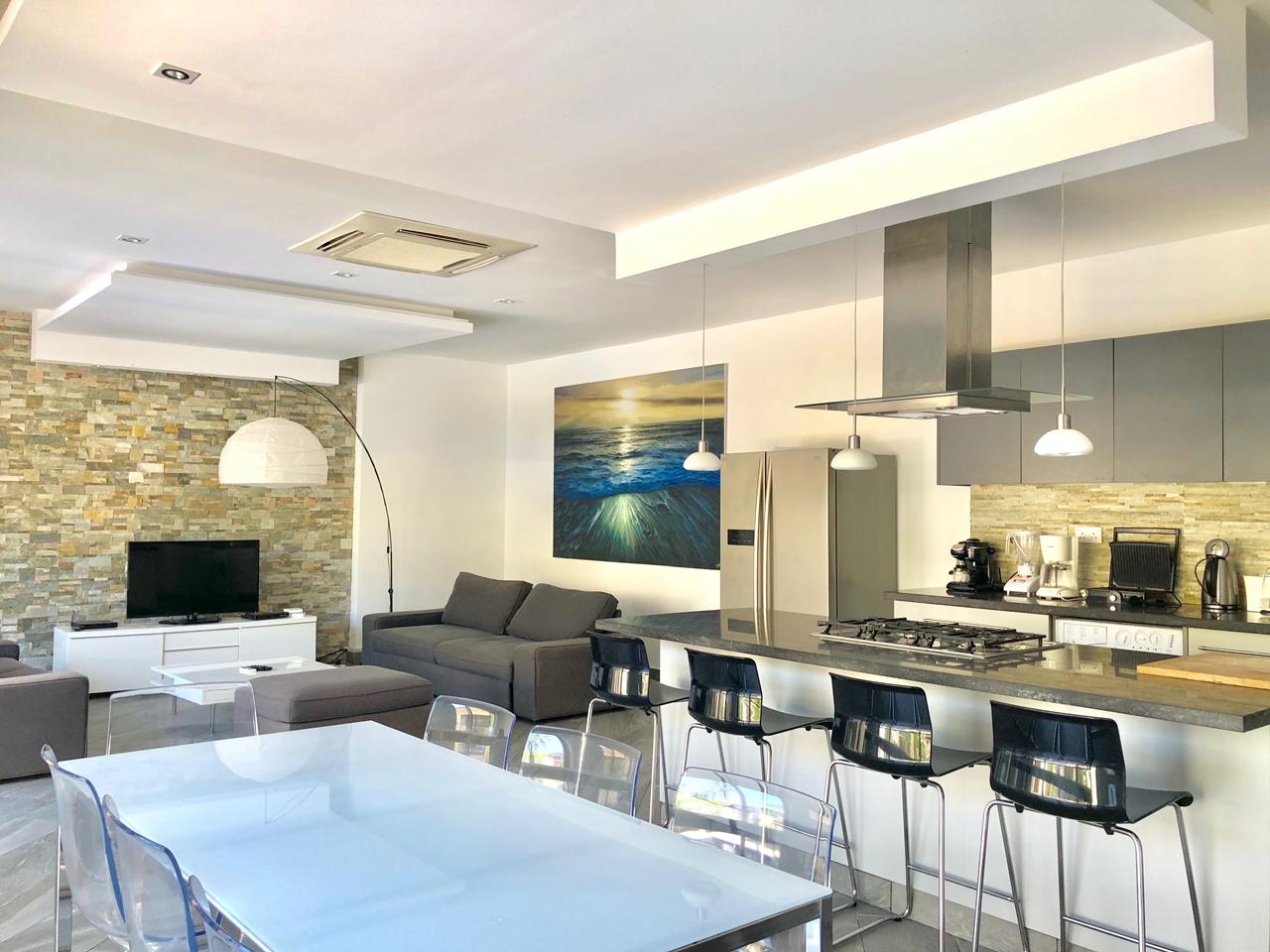 Grand-Amber-Villa-living-room-web