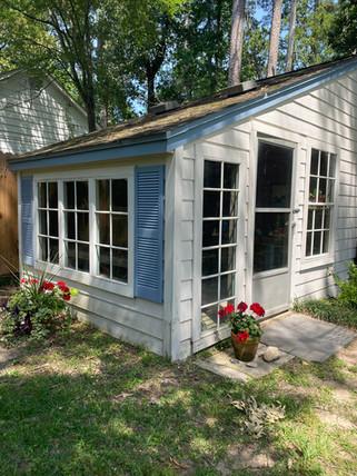 gardening shed.jpg