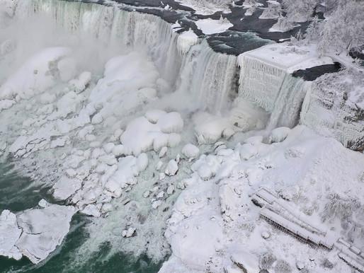 Se congelan Las cataratas del Niágara