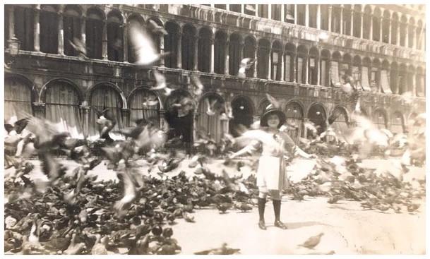 Elaine in Venice in 1922
