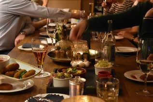 Drinks & Chat, Strauss Restaurant - 2018