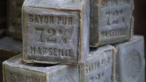La vaisselle zéro déchets - le savon de Marseille