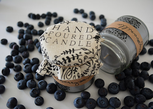 Hand Poured Candle 'Blueberry and Vanilla'