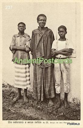 S. Tomé and Principe STP237 Um Veterano e seus Netos
