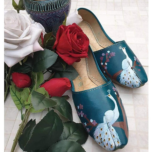 Hand Painted Leather Shoe (Khussa)