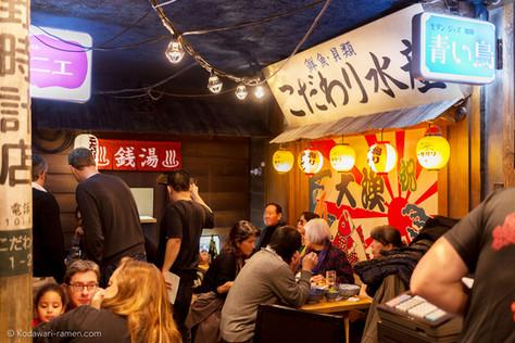 パリ和食で日本を偲ぶ