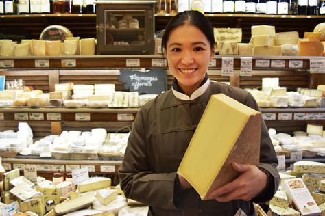 犬田ゆり(チーズ専門店勤務)