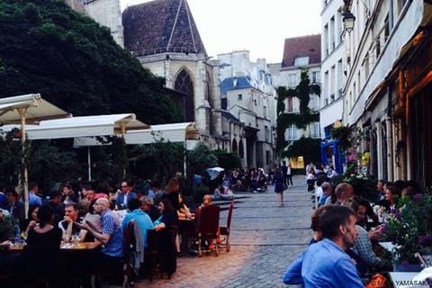 パリのソワレに魅せられて