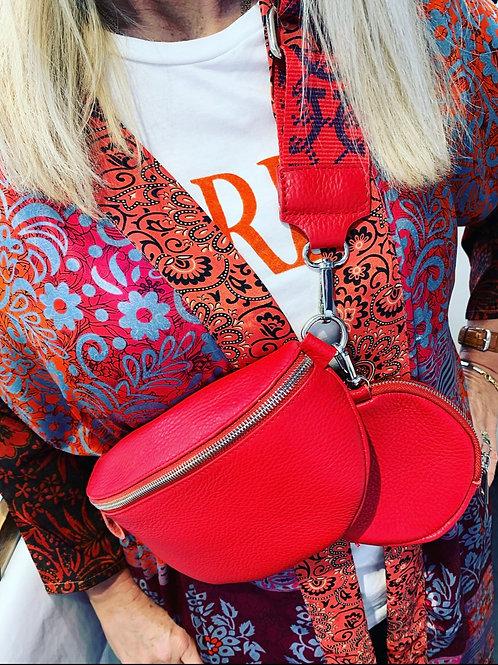 LOLA CROSSBODY RED
