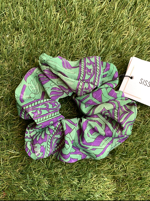 MEADOW SILK SCRUNCHIE 04