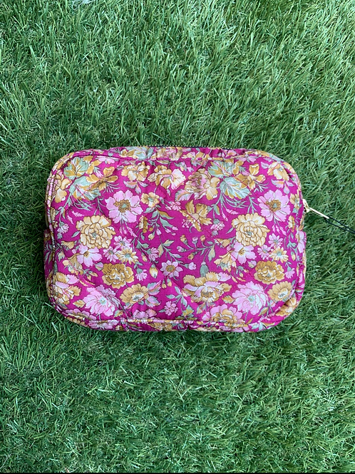 JULIE SILK COSMETIC BAG  03
