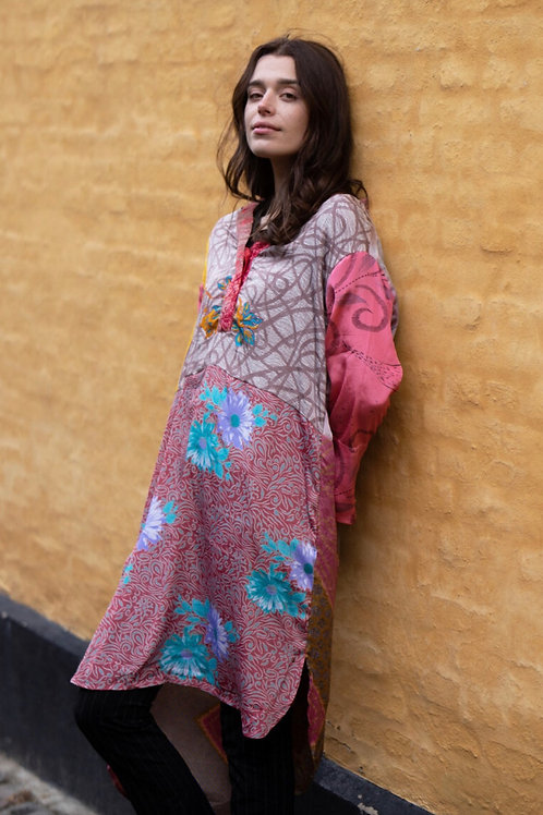 FLEUR DE LIS SILK MIX CAFTAN DRESS 01