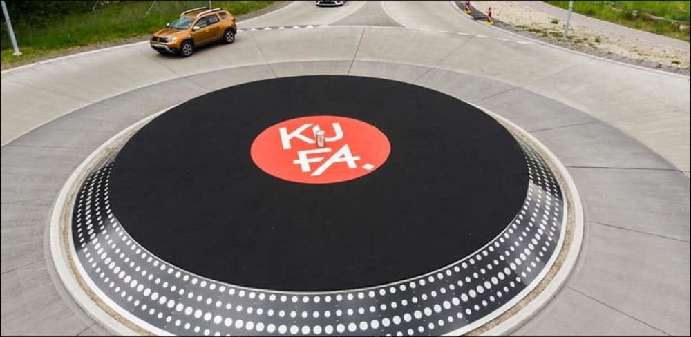 Vinyl Lovers in Switzerland designed this awesome roundabout.