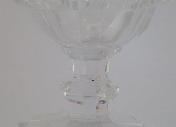 Verre en cristal moulé taillé
