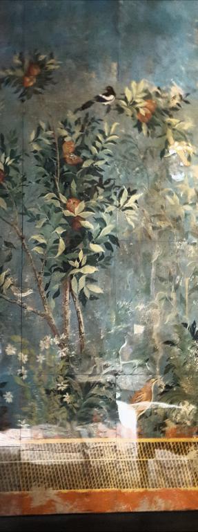 Décor peint sous verre