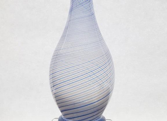 Vase filigrané bleu