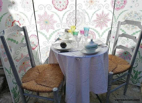 Table Tete à tete au soleil.