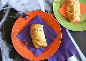 Halloween-Breakfast-Mummy-Sandwich.jpeg.webp
