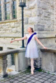 Princess on Balcony Allonge.jpg