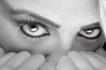 eyes-394175_640.jpg