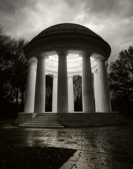 WWI Memorial (BW).jpg