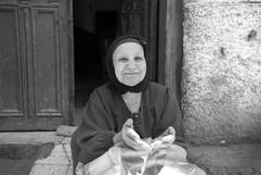 Abusir Woman (BW).jpg