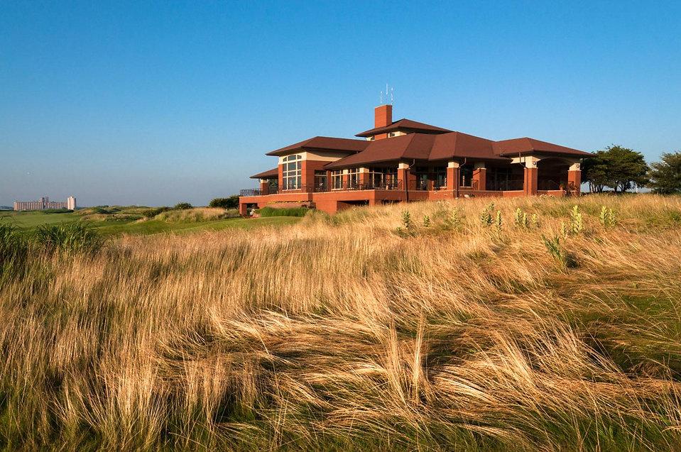 Harborside Golf Course main building