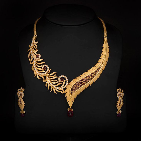 Gold Necklace with ear rings
