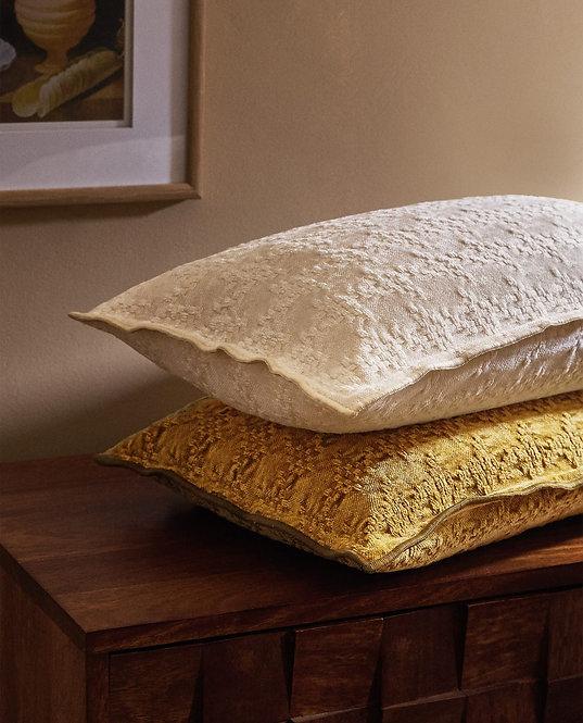 Чехол для декоративной подушки из букле