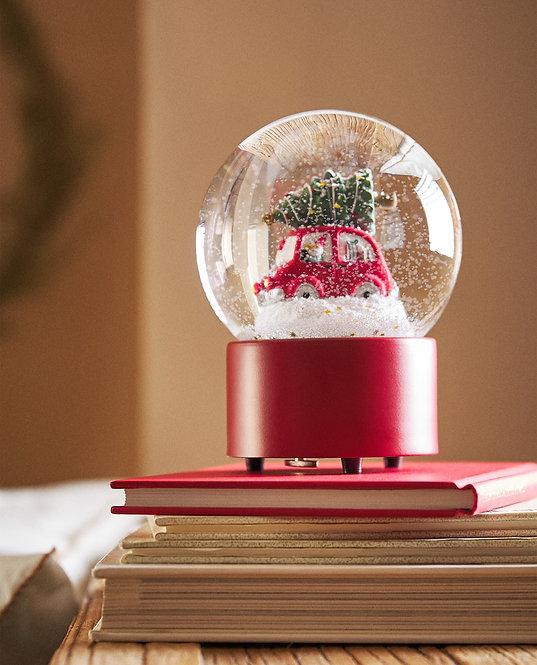 Новогодний снежный шар «Автомобиль везет елку»
