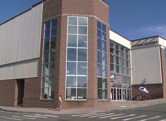 New Danbury Ice Arena owner promises new hockey team