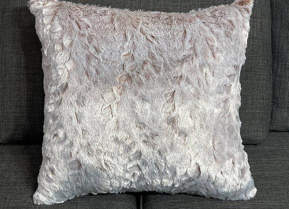 Tan White Tipped Rabbit Faux Fur Fleece Throw