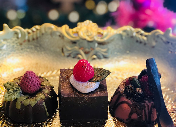 CHOCOLATE CAKE TRIO