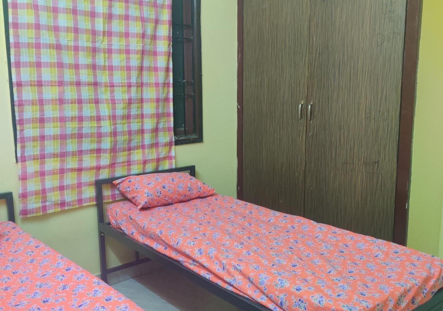 NON AC DELUXE ROOMS6.jpg